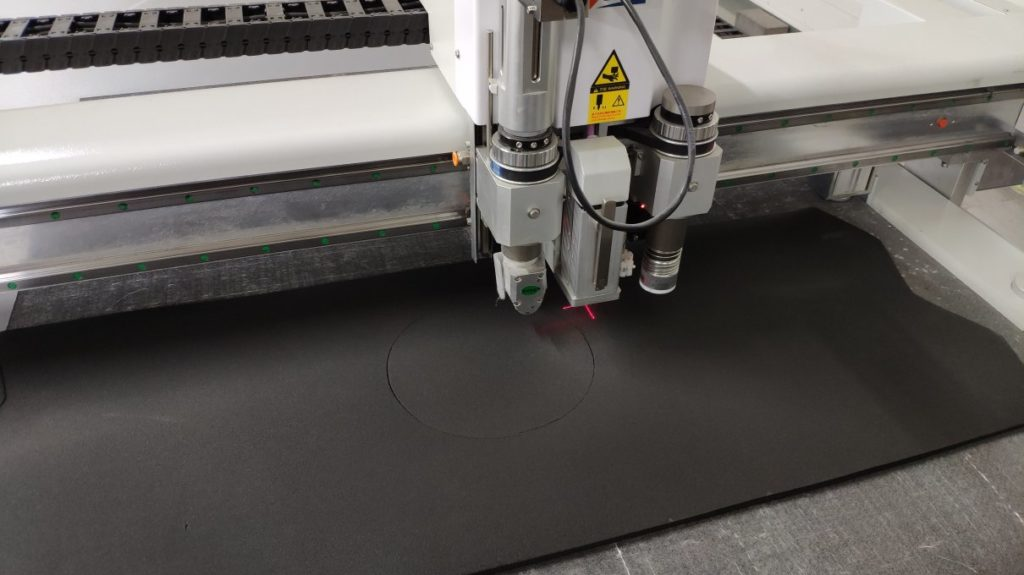 CNC_die_cutting_rubber_insulation