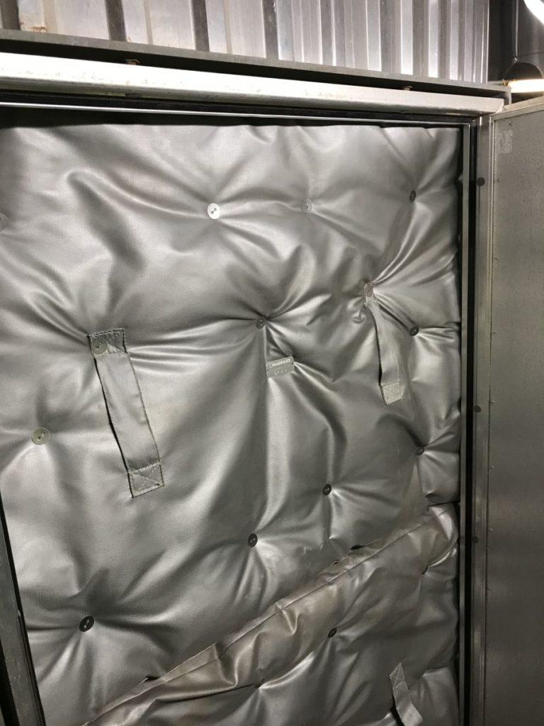 matelas-isolants-thermique-pour-porte-d'accès-chaudière